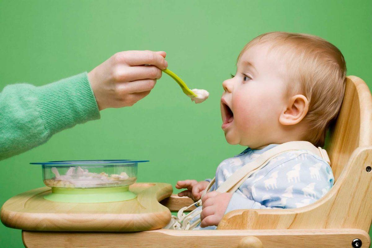 Khi nào trẻ có thể ăn dặm món cháo lươn