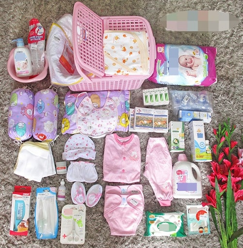 Sắm đủ đồ cho bé khiến mẹ an tâm hơn khi đi sinh